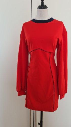 Asos Sukienka z długim rękawem czerwony