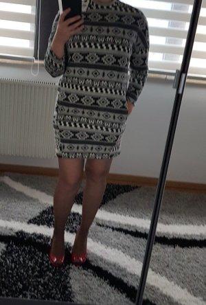 Only Sukienka dresowa biały-czarny