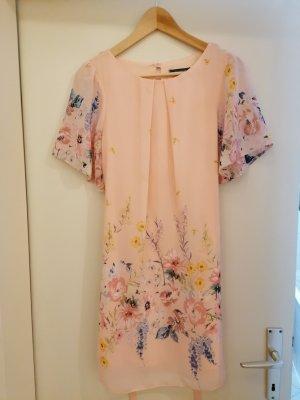 Minikleid rosa mit Blumen