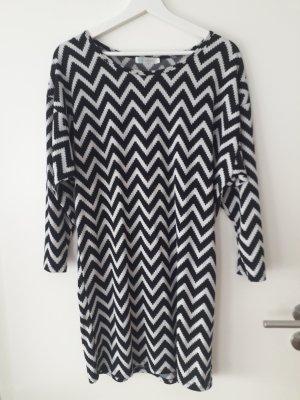 Minikleid schwarz/grau/weiß