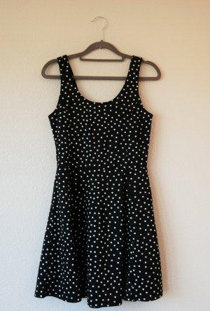 Minikleid schwarz/weiß gepunktet in M