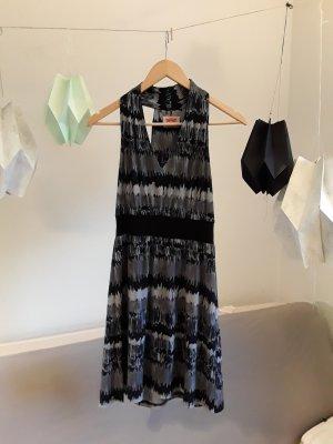Minikleid und Partykleid