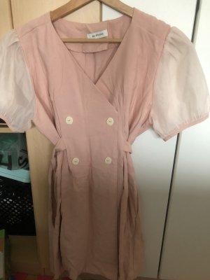 Robe courte or rose-blanc