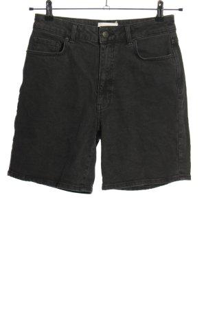 Minimum Pantalón corto de talle alto negro look casual