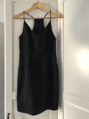 Minimum Kleid schwarz