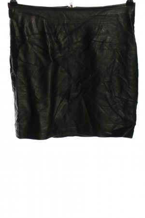 Minimum Kunstlederrock schwarz Glanz-Optik