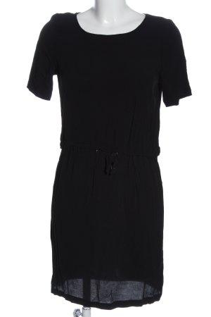 Minimum Robe à manches courtes noir style décontracté