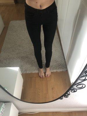 Minimum Lotus Hyper Shape Jeans