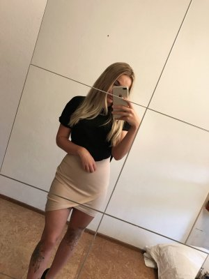 Forever 21 Stretch Skirt nude