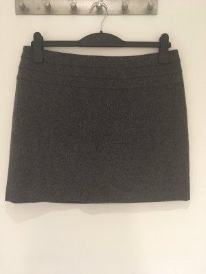 Minirock aus Wolle von H&M in Größe 40 (42)