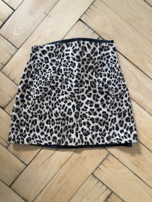 Minirock in Leopardenprint von ZARA