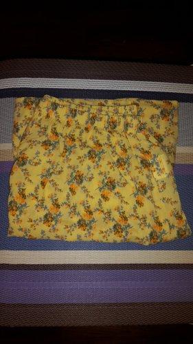 Benetton Miniskirt yellow