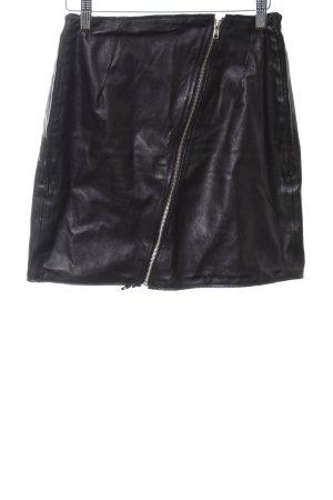 Mini-jupe noir style extravagant