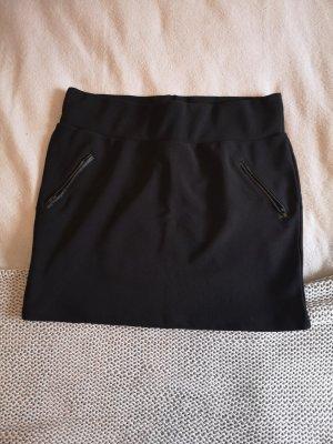 Minirock schwarz, Größe 46