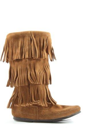 Minnetonka Botas de invierno marrón look casual