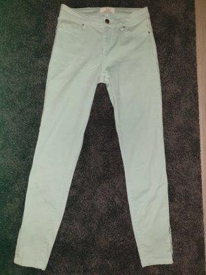 mintfarbene Jeans von ZARA