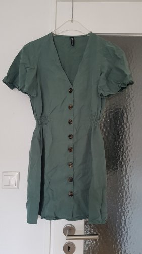 Mintfarbenes Sommerkleid