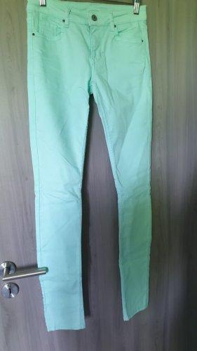 Mintgrüne Röhrenhose