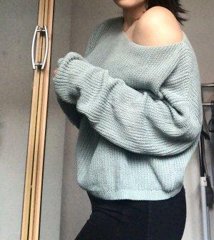 Mintgrüner Strickpullover