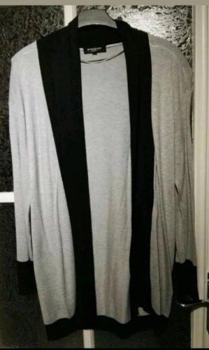 Mishumo Cardigan Strickjacke Gr. S grau schwarz weit geschnitten