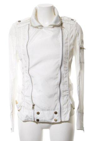 Miss Nickelson Blouson weiß Schriftzug gestickt Street-Fashion-Look