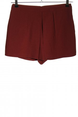 Miss Selfridge Hot Pants red casual look