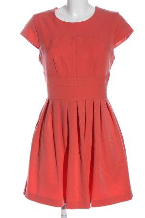 Miss Selfridge Sukienka z krótkim rękawem różowy Elegancki