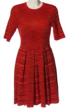 Missoni Vestido de manga corta rojo elegante