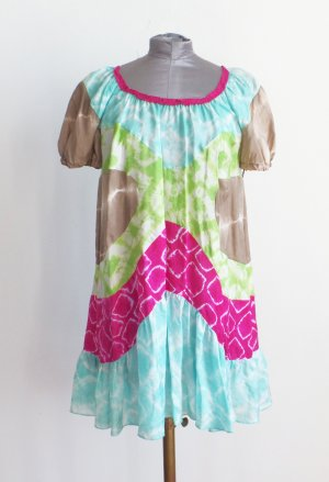 Missoni Seidenkleid Kurz oversized locker geschnitten