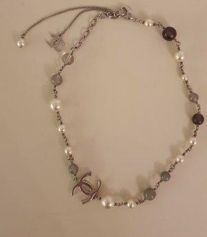 Mit Rechnung -  Chanel Kette mit CC und Perlen - wie neu