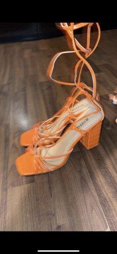 Lace-up Pumps orange