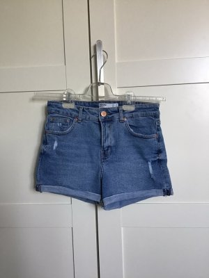 Mittelbaue Jeans Shorts
