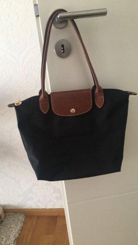 Mittlere Longchamptasche in schwarz