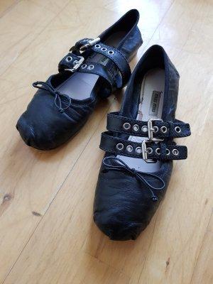Miu Miu Ballerina's met bandjes zwart