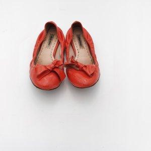 Miu Miu Lakleren ballerina's zalm Leer