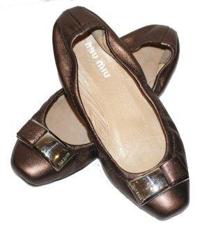 Miu Miu Ballerine en pointe bronze-brun foncé cuir