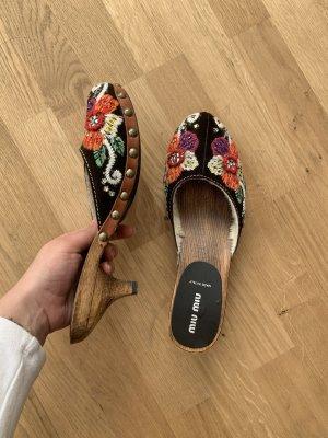 Miu Miu Sandalias con tacón multicolor