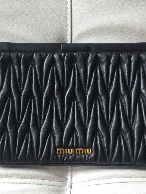 Miu Miu Clutch Handtasche Matelasse neuwertig