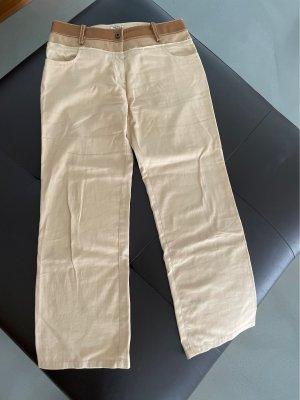 Miu Miu Pantalón tobillero beige-crema