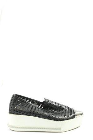 Miu Miu Plateausneaker schwarz-weiß Casual-Look