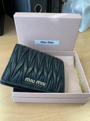 Miu Miu Portemonnaie aus Matelassé-Leder kleine Geldbörse Geldbeutel