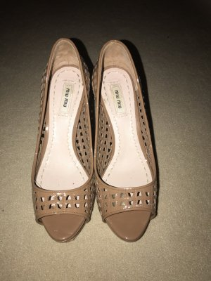 Miu Miu Peep Toe Pumps camel leather