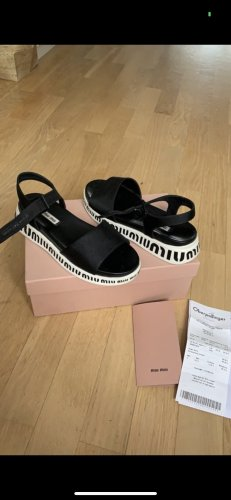 Miu Miu Sandalias con plataforma blanco-negro