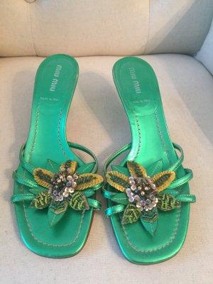Miu Miu Schuhe in grün mit Blumen