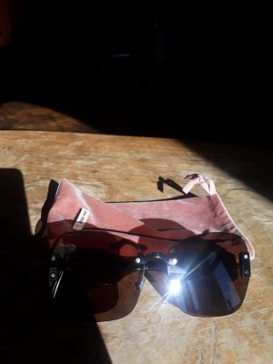 Miu Miu Hoekige zonnebril donkerbruin-goud Oranje Gemengd weefsel