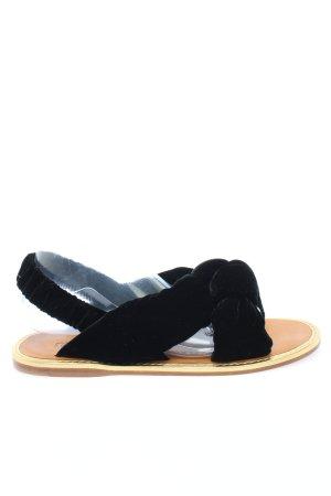 Miu Miu Strandsandalen zwart casual uitstraling