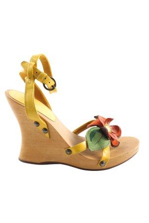 Miu Miu Wedges Sandaletten blassgelb extravaganter Stil