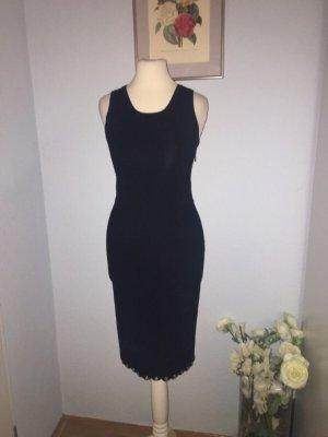 MK gestricktes figurbetontes Kleid