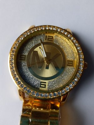 Watch With Metal Strap gold-colored metal