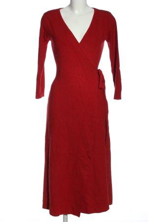 MNG Basics Vestido cruzado rojo punto trenzado look casual